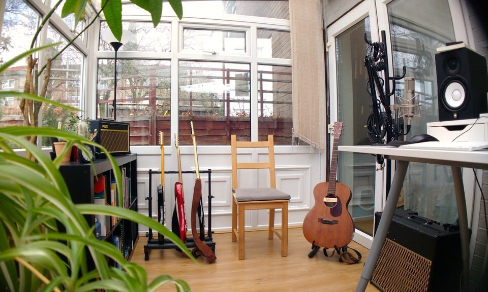 Guitar Lessons Leeds Studio